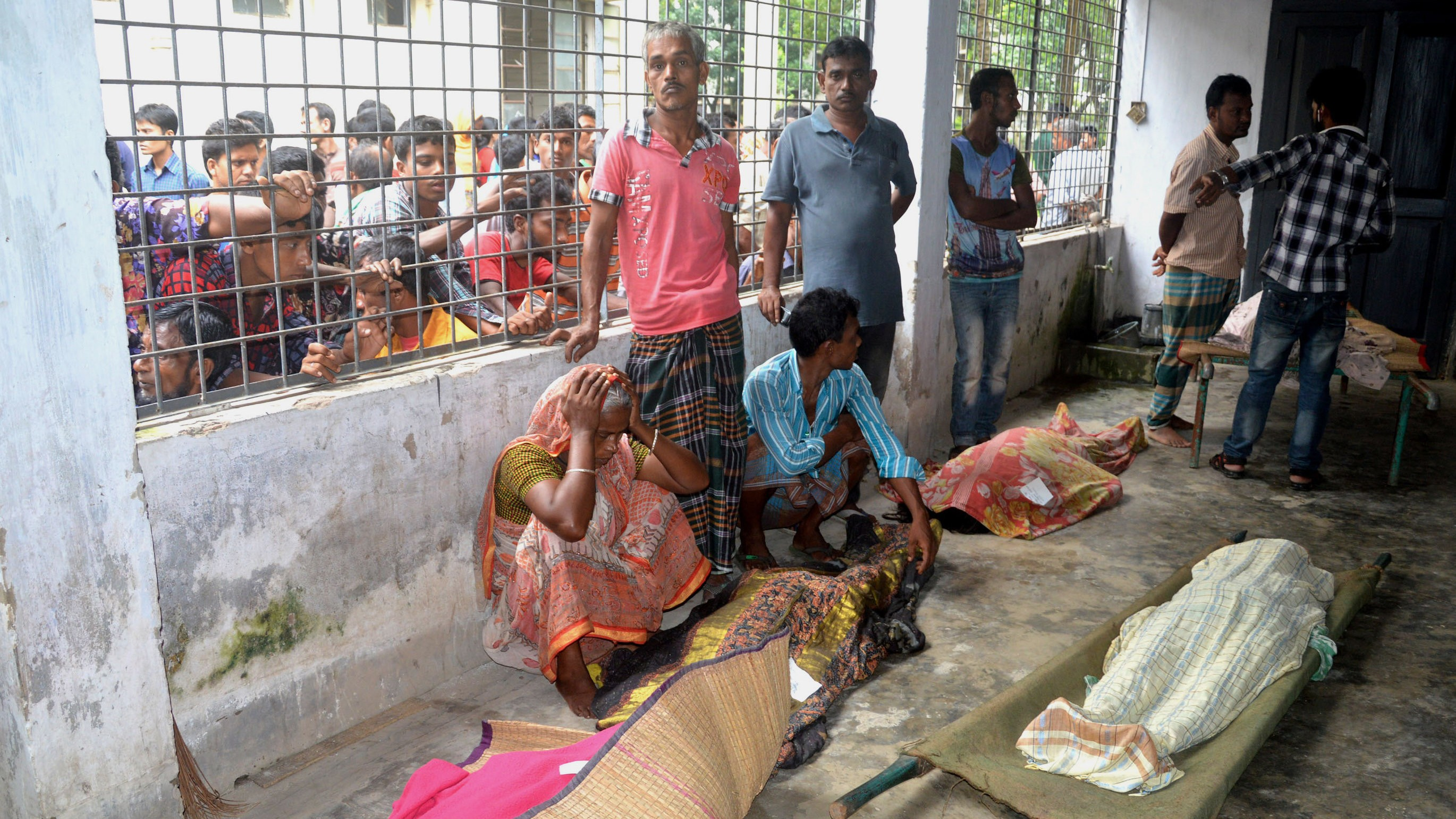 At Least 23 Die in Stampede at Clothes Giveaway in Bangladesh