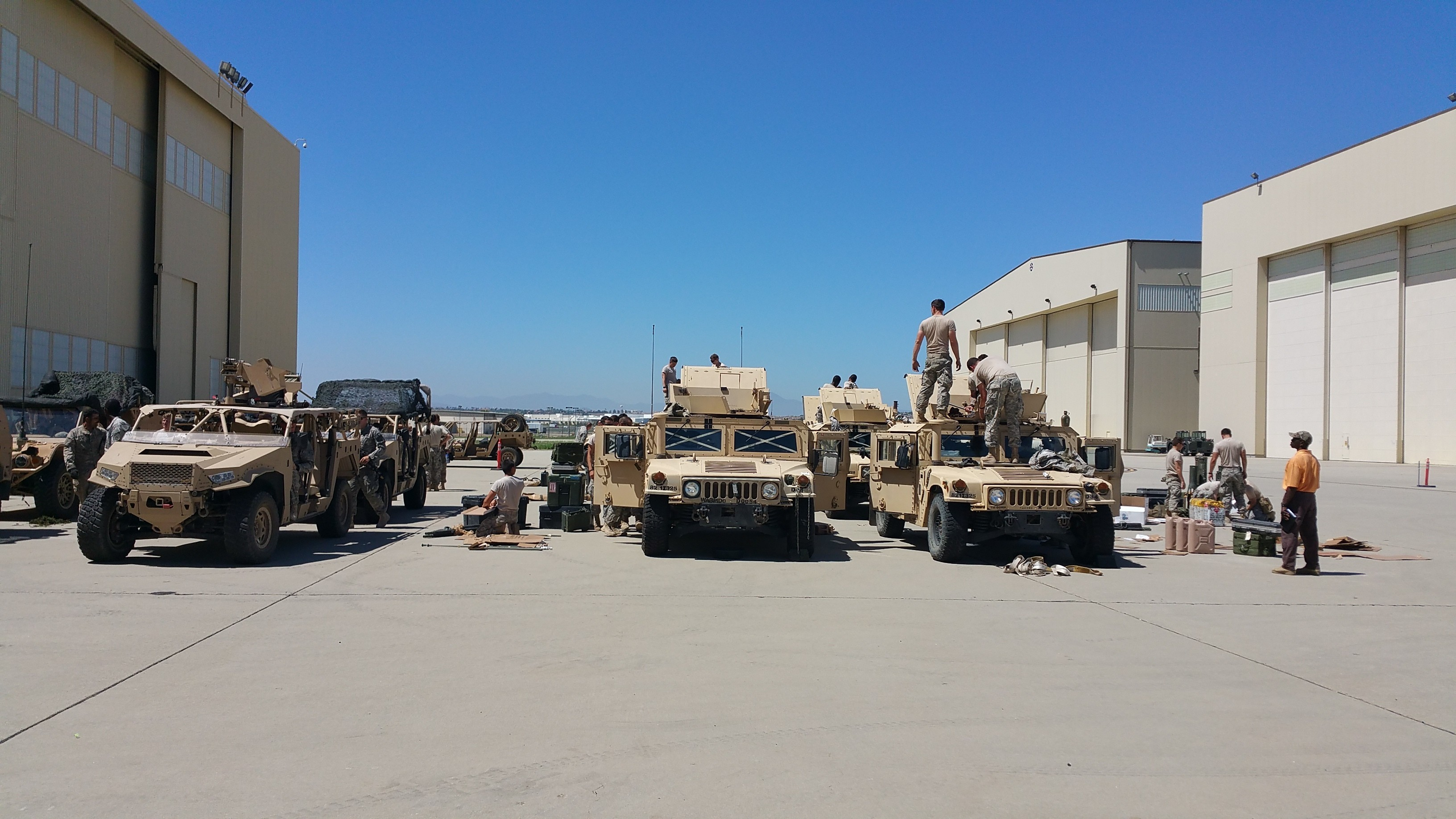 Raw Coverage of the US Military's Operation Dragon Spear