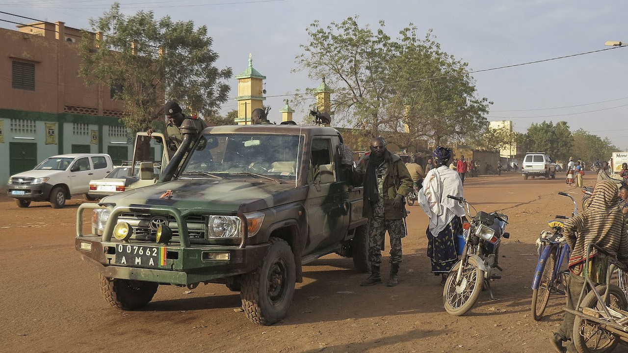 Five UN Employees Killed After Militants Take Hostages at Hotel in Mali