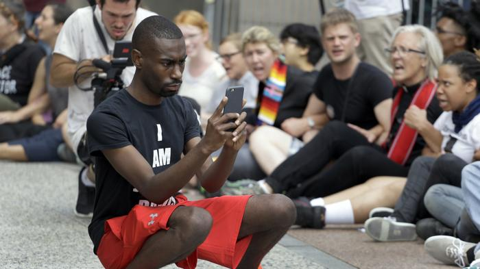 Emails Show Feds Have Monitored 'Professional Protester' DeRay Mckesson