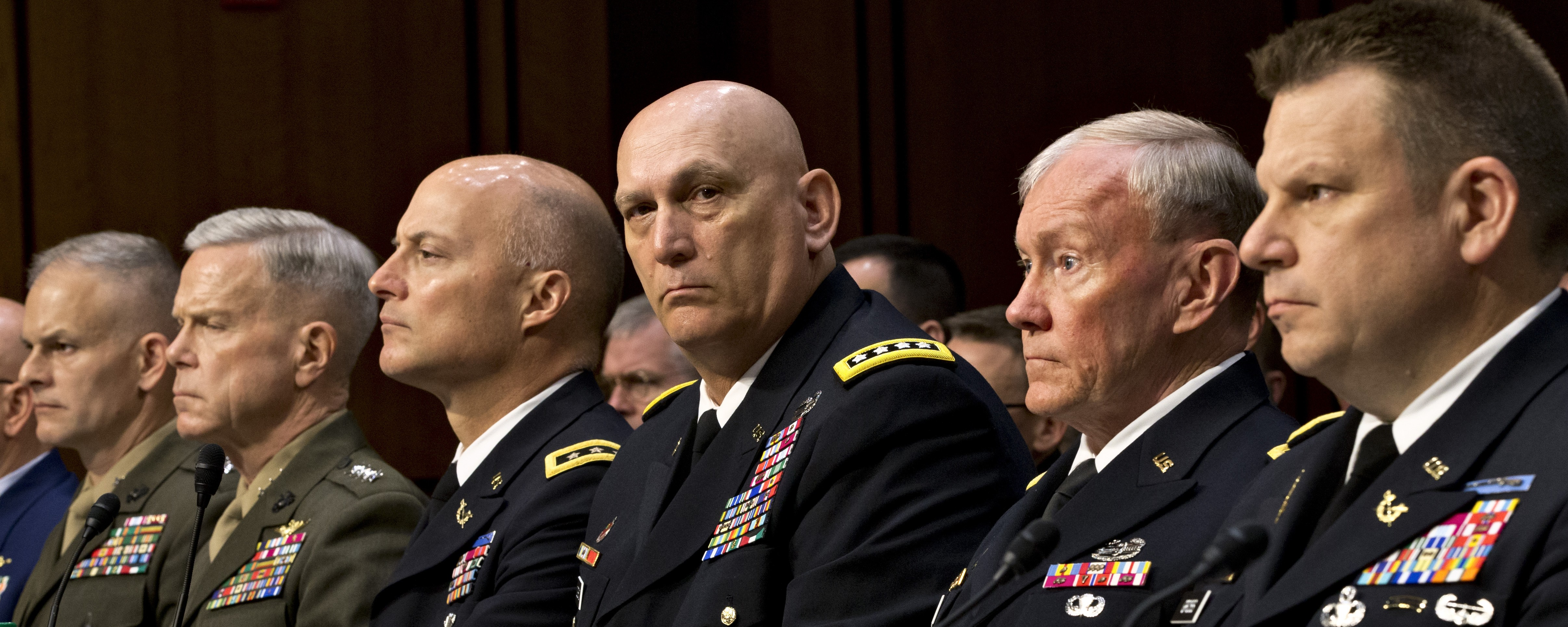 Outgoing US Army Chief Urges Considering Boots on the Ground In Islamic State Fight