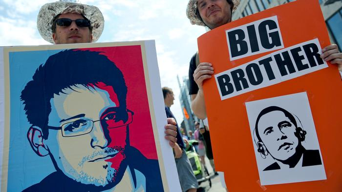 'Snowden Treaty' Aims to Protect Privacy, Whistleblowers — and End Mass Surveillance