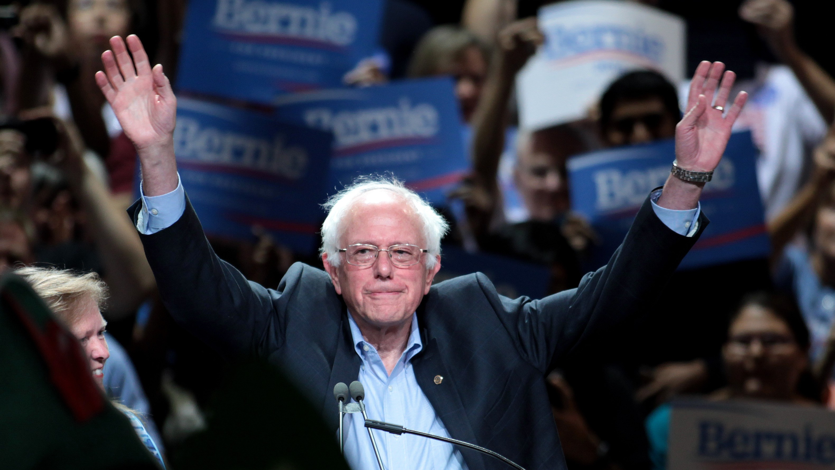 Bernie Sanders Wants to End the Federal Ban on Weed
