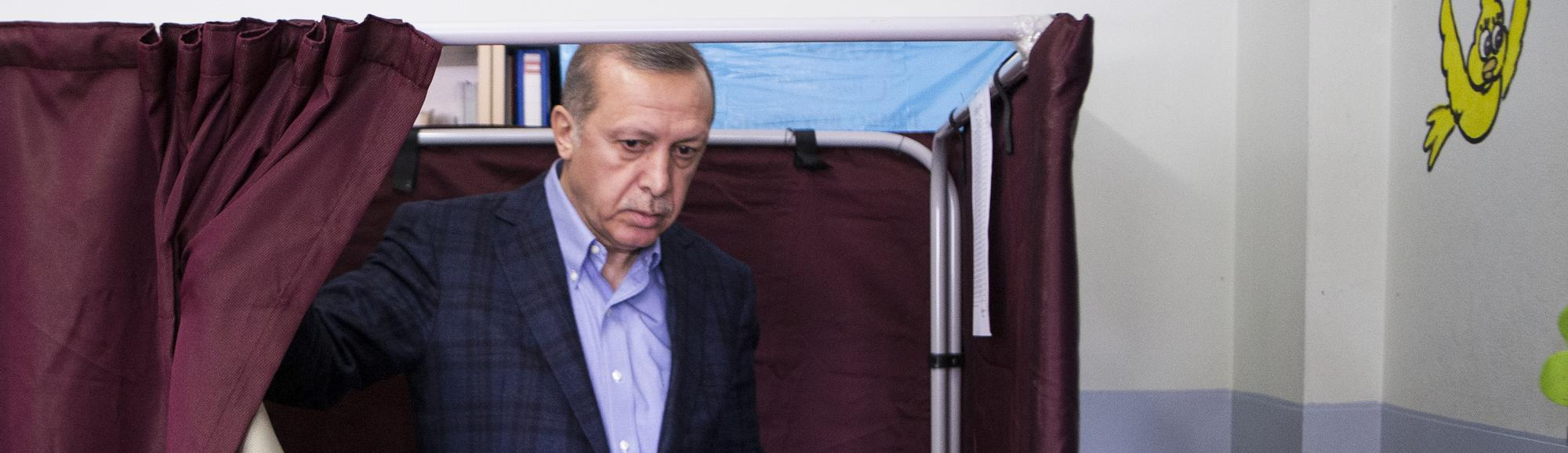 Erdogan and His Party On Course for Huge Victory in Pivotal Turkish Election