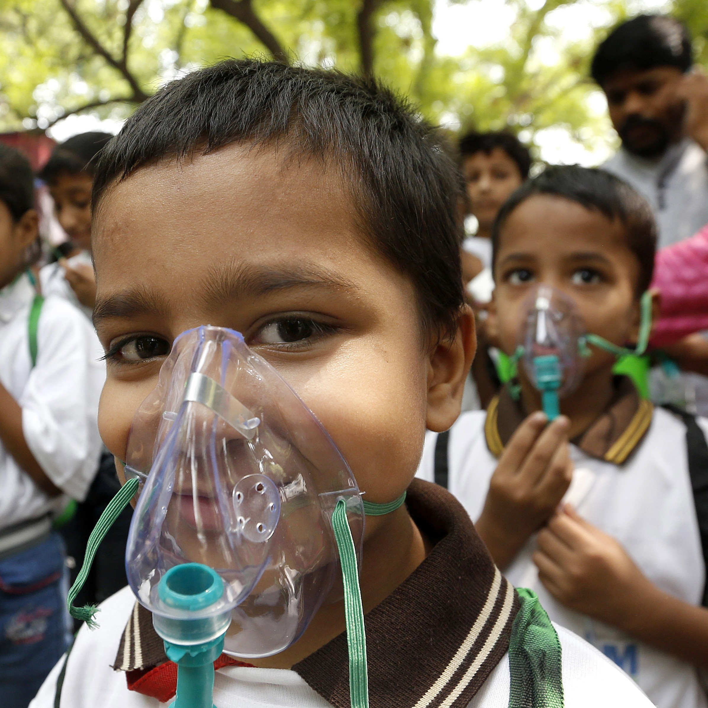air pollution essay 7 The following essay is just an example to help student to improve their writing skills by providing them with simple ideas in terms of style, linking words a.