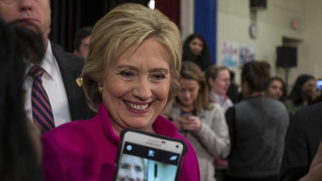 State Department Falls Behind Schedule With Latest Release of Hillary Clinton Emails