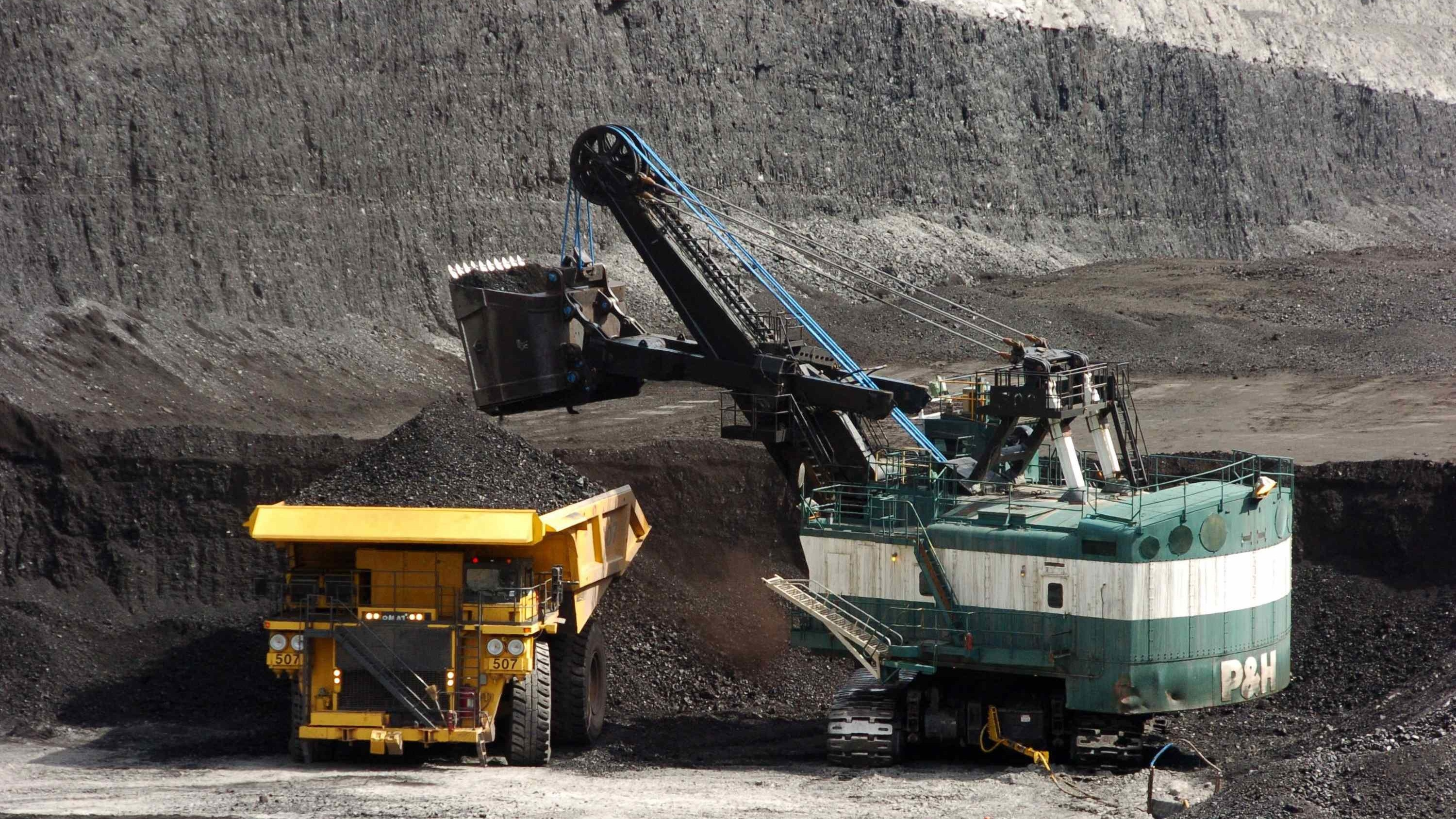 Obama Halts New Coal Mining Leases on Federal Lands