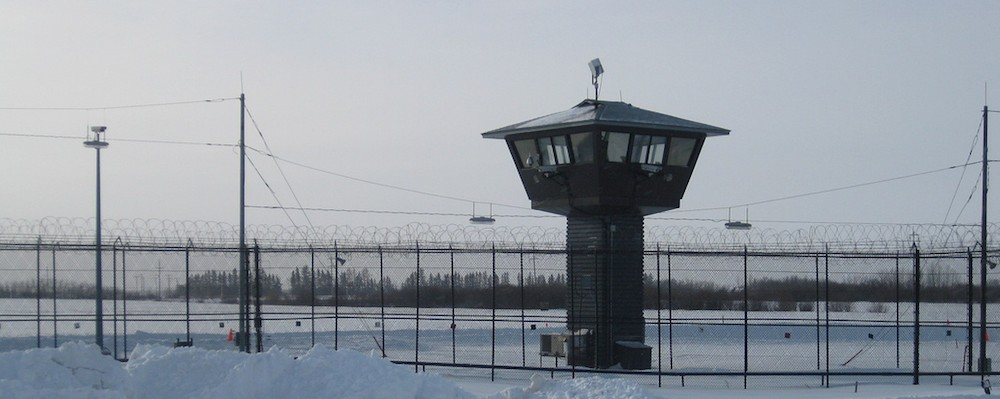 Canadian Cops Have Caught An Inmate Who Escaped With a Masked Gunman in a Minivan