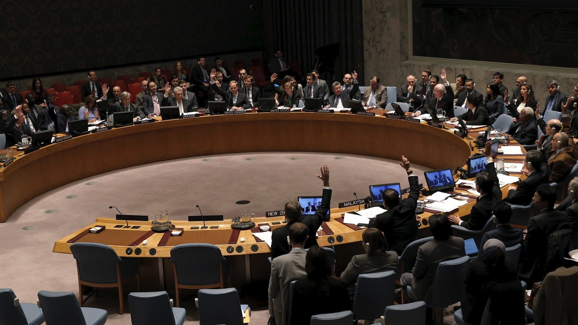 At 11th Hour, UN Security Council Demands That Syria's Warring Parties Adhere to Ceasefire