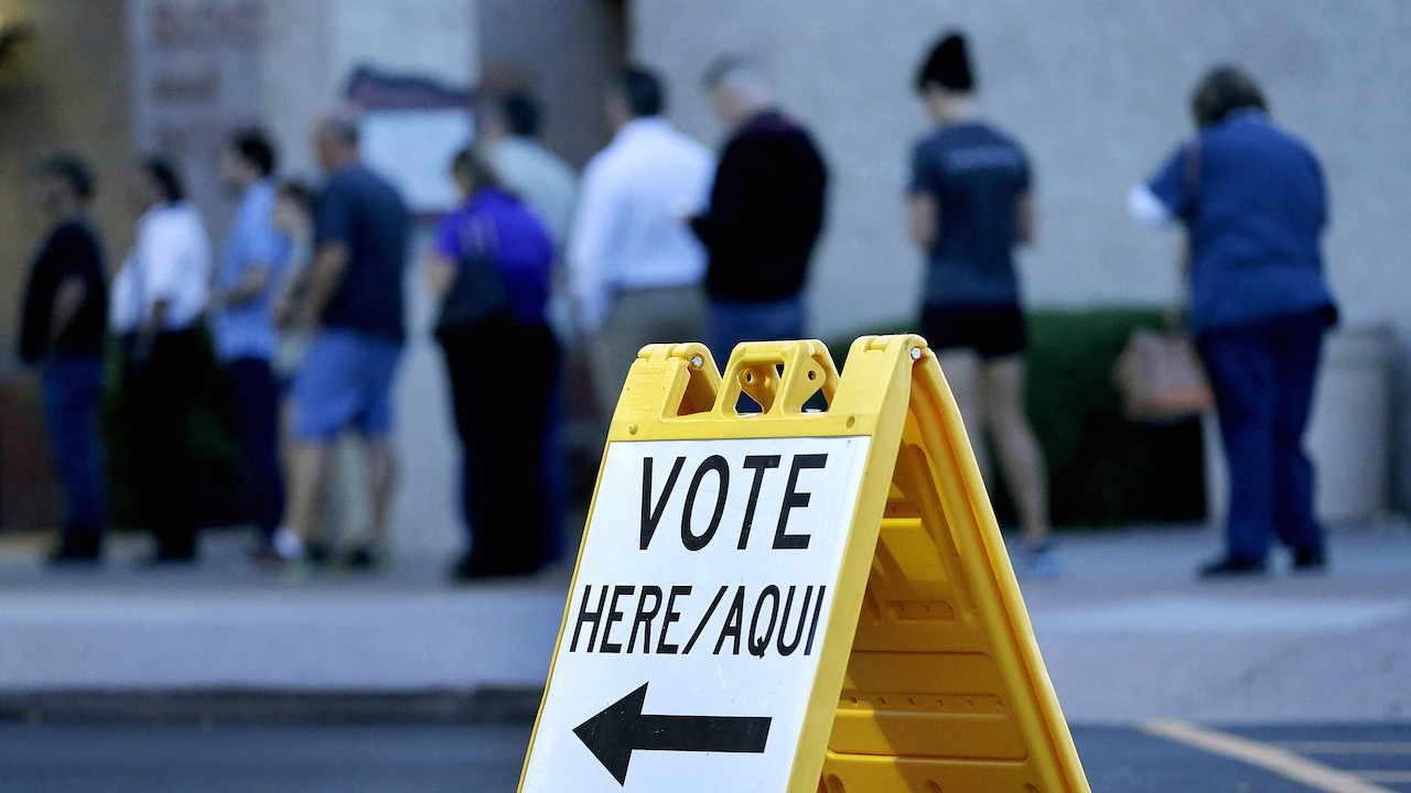 Phoenix Mayor Asks Justice Department to Investigate Alleged Voter Suppression in Arizona