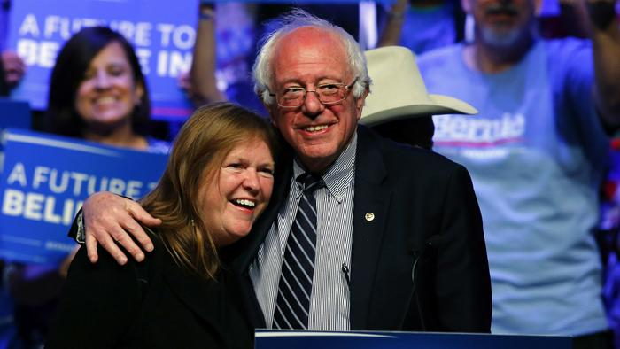 Jane Sanders Says Bernie Will Vote for Hillary If She Wins the Nomination