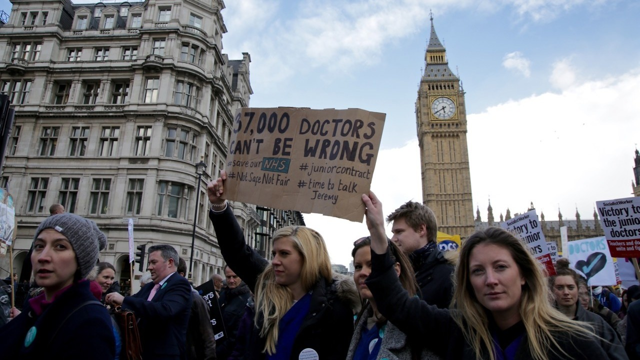 In Photos: England's Junior Doctors Protest as All-Out Strike Enters Second Day