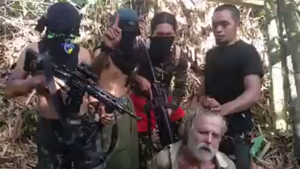 Philippines Jihadist Group Releases Video of Canadian John Ridsdel's Beheading