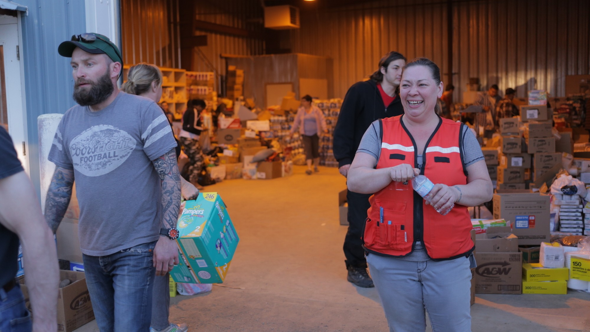 Escort Fort Mcmurray >> Refuge And Generosity Along The Highway To Fire Ravaged Fort
