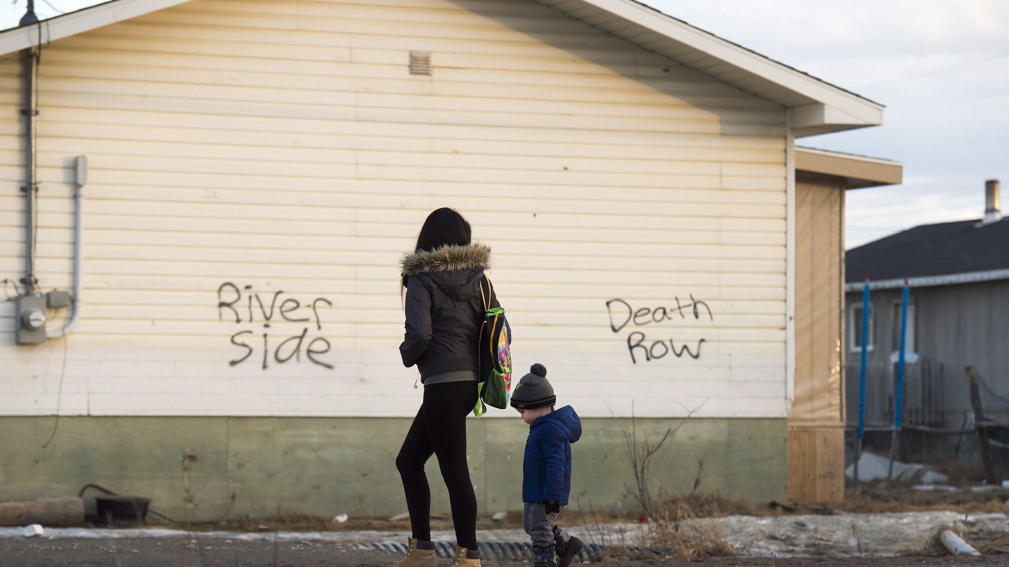 New Study Lays Bare 'Crushing Levels of Poverty' Indigenous Children in Canada Live In