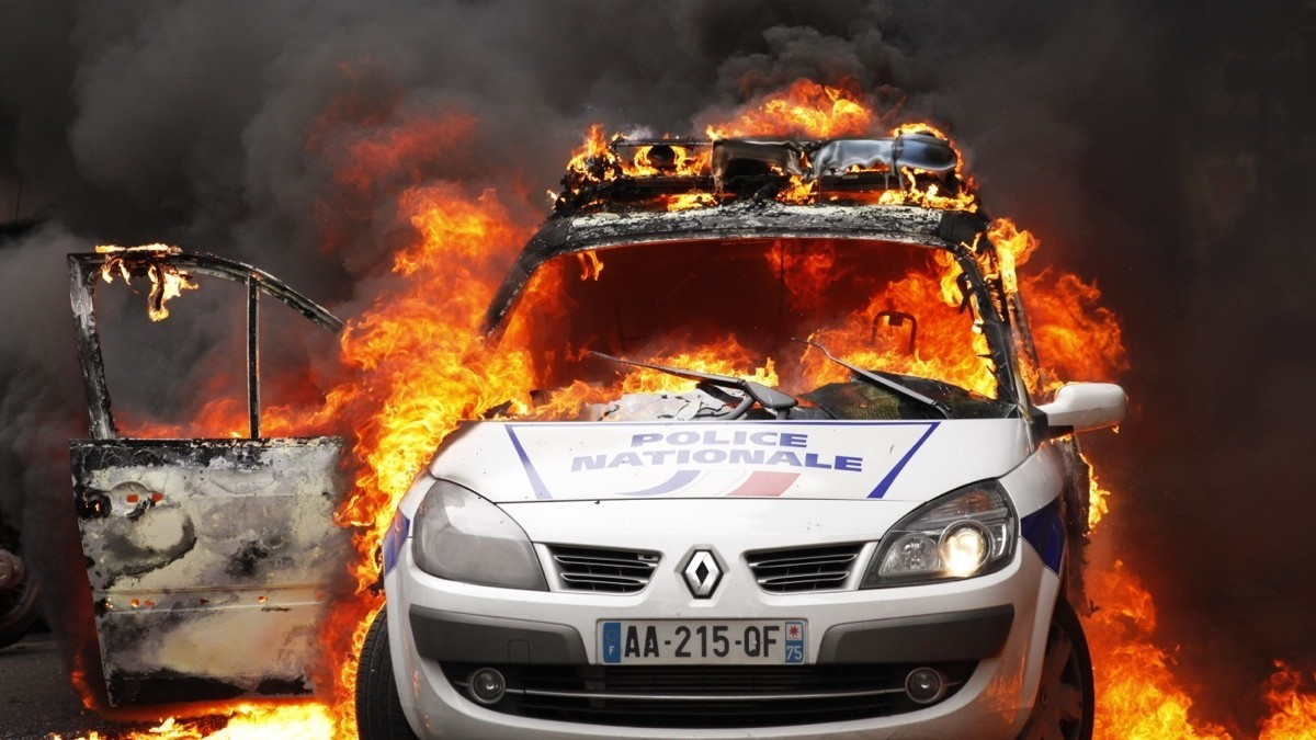 Protesters In France Set Police Car Ablaze As Cops Gather To