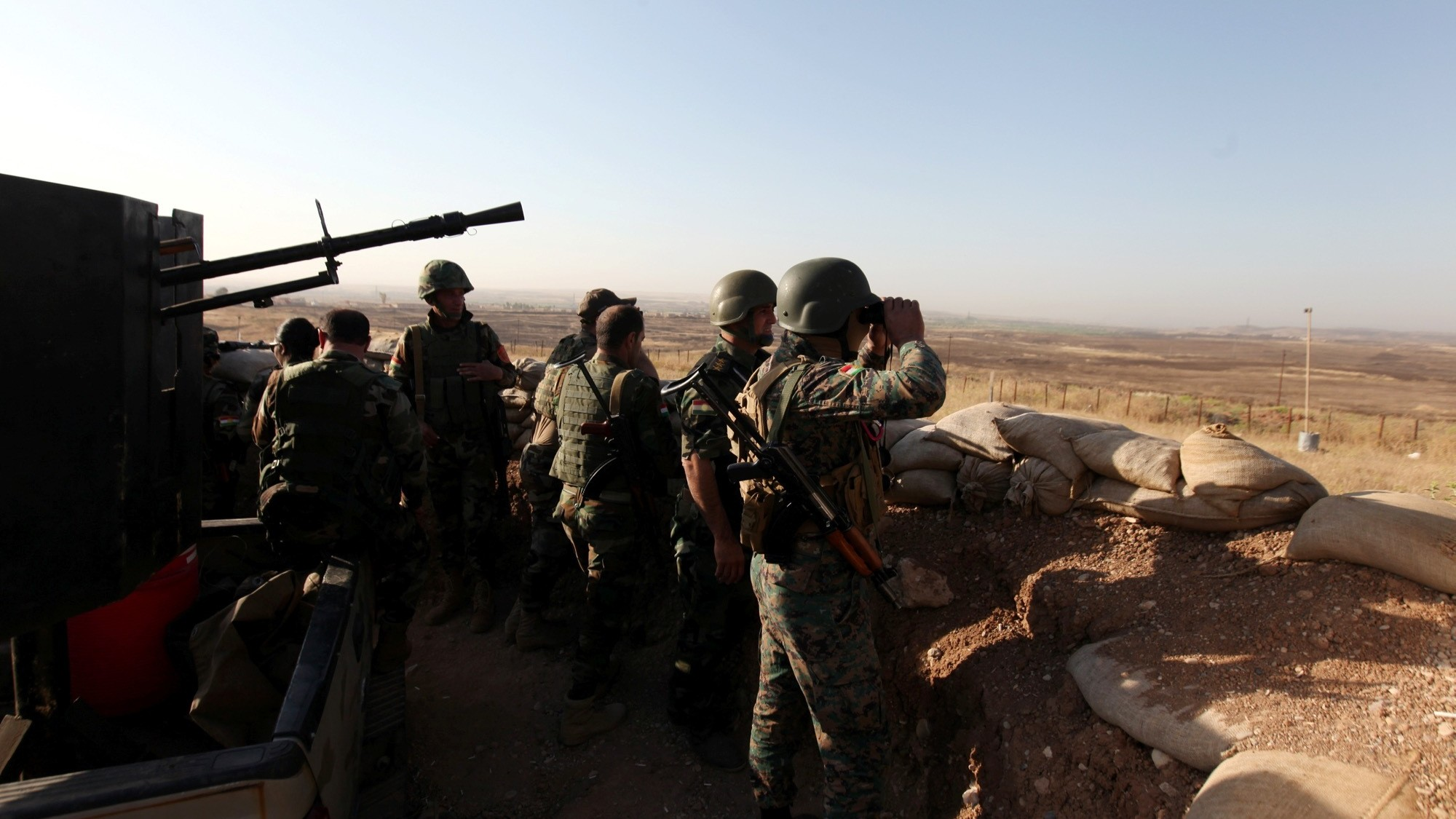 US-led Coalition Troops Seen Near Front Lines of Offensive Against Islamic State in Iraq