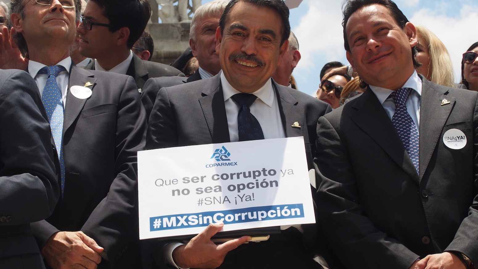 Mexico's business elite speak out against corruption in an extremely polite protest