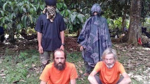 Body of Canadian hostage Robert Hall reportedly found by Philippine troops
