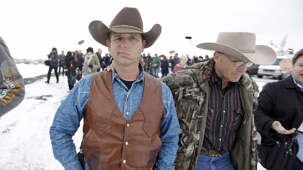 Bundy rancher who led Oregon standoff allegedly plotted to use sheets in jailbreak