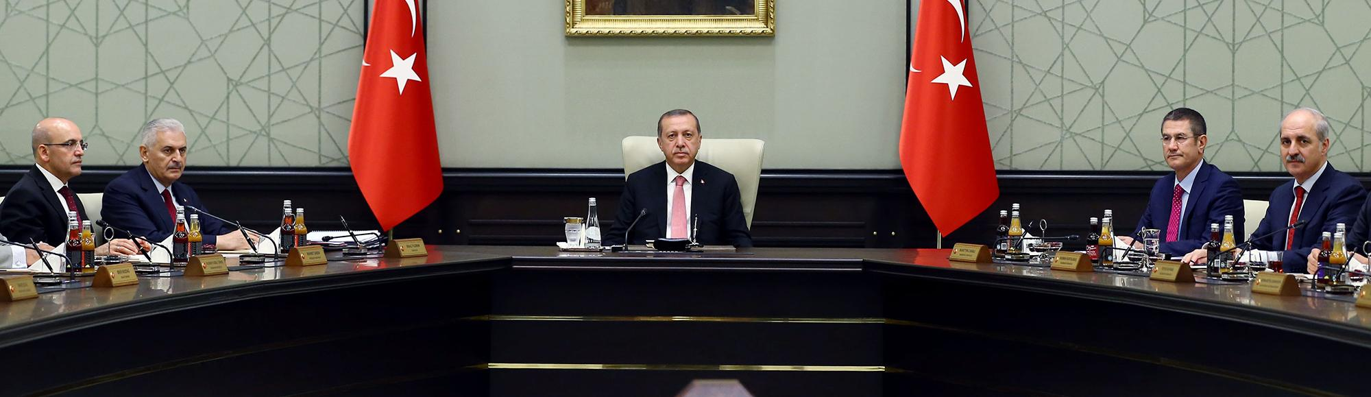 Erdogan calls state of emergency, says 'other countries' behind failed coup