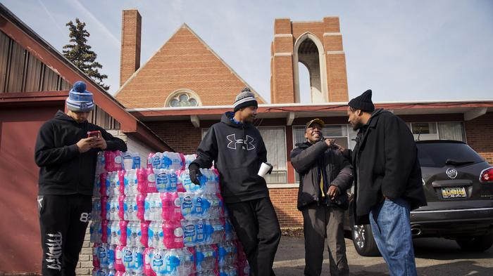 Six state employees charged in alleged Flint lead-water coverup