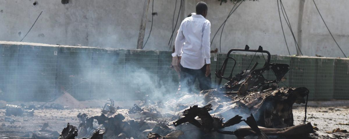 Al-Shabaab claims a car bomb attack that killed 10 in Mogadishu