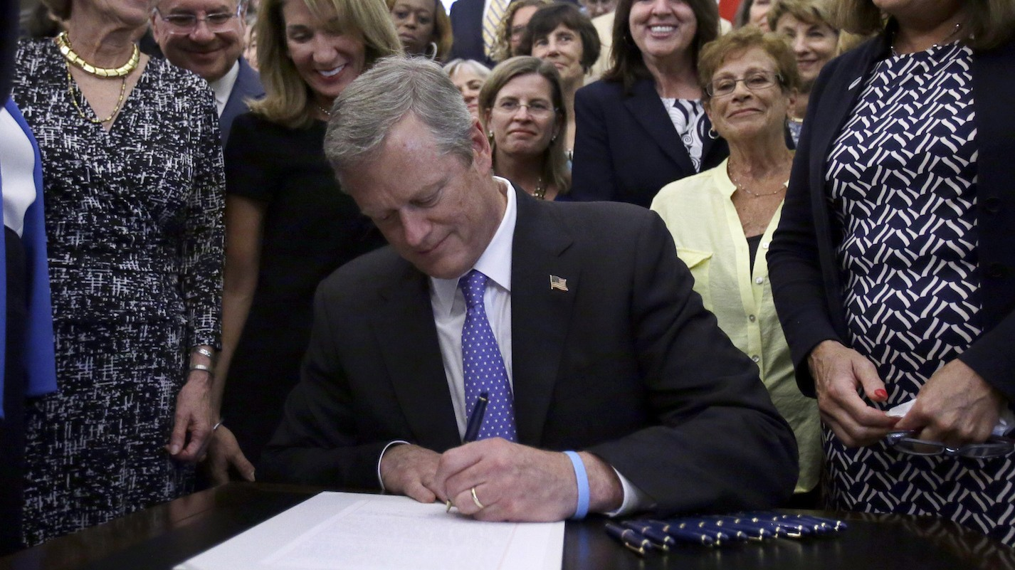 Massachusetts pushes equal pay for women by banning questions about past salaries