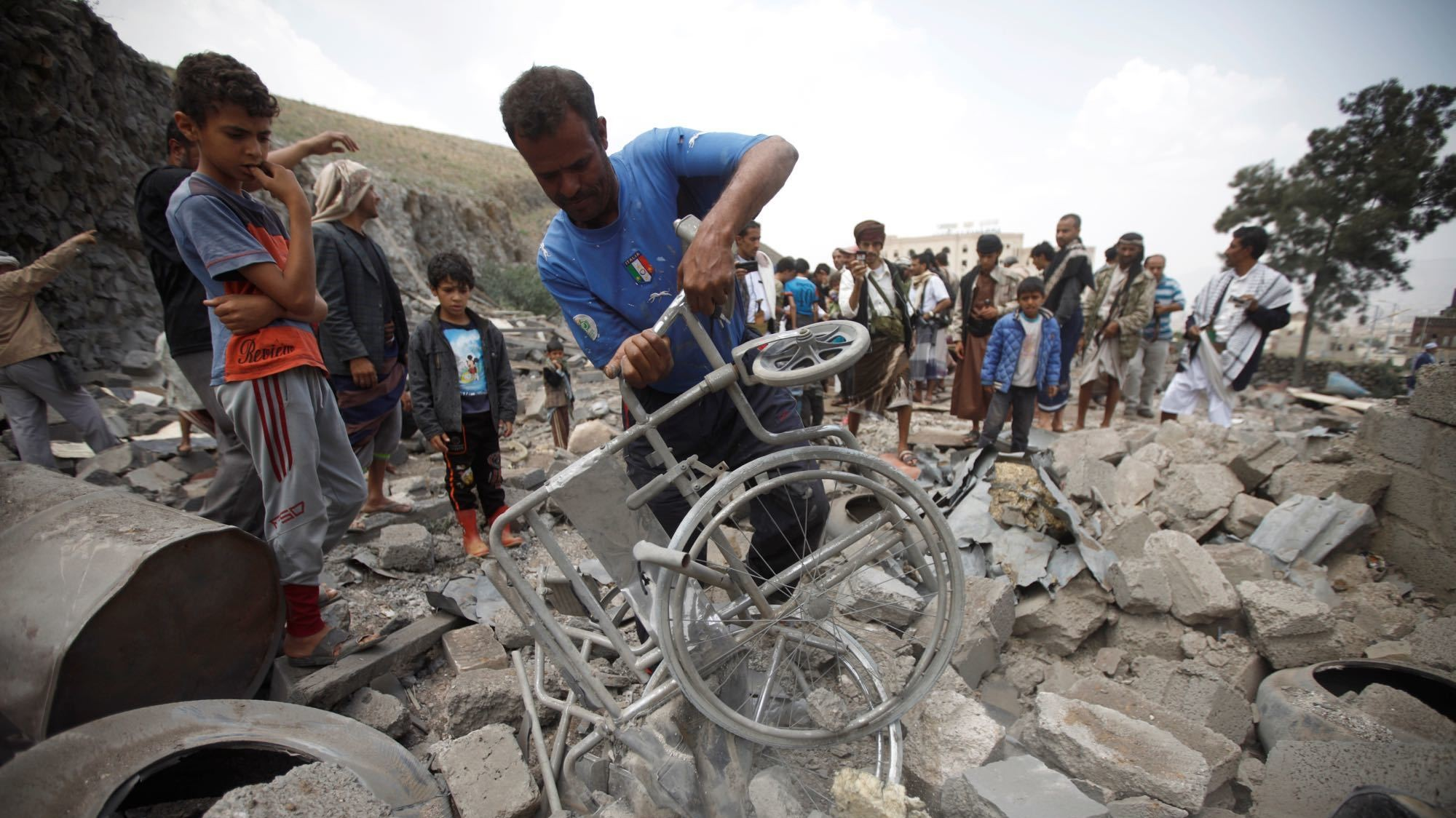 Another hospital bombed in Yemen by Saudi coalition, aid group says