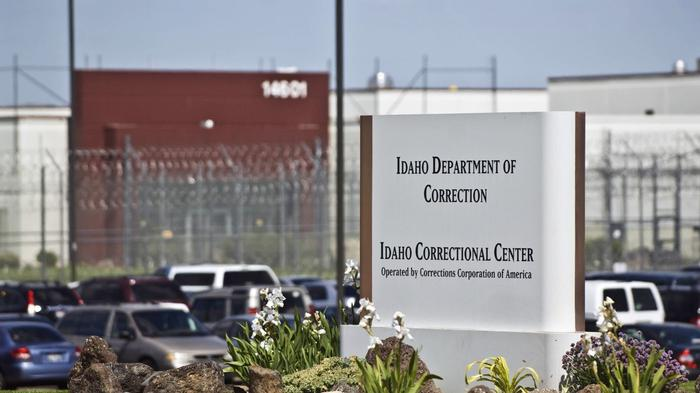 The federal shutdown of private prisons only affects a fraction of inmates