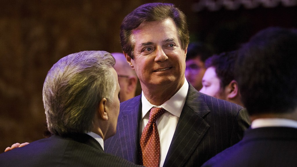 Paul Manafort resigns as Trump's campaign manager after week of staff shakeups