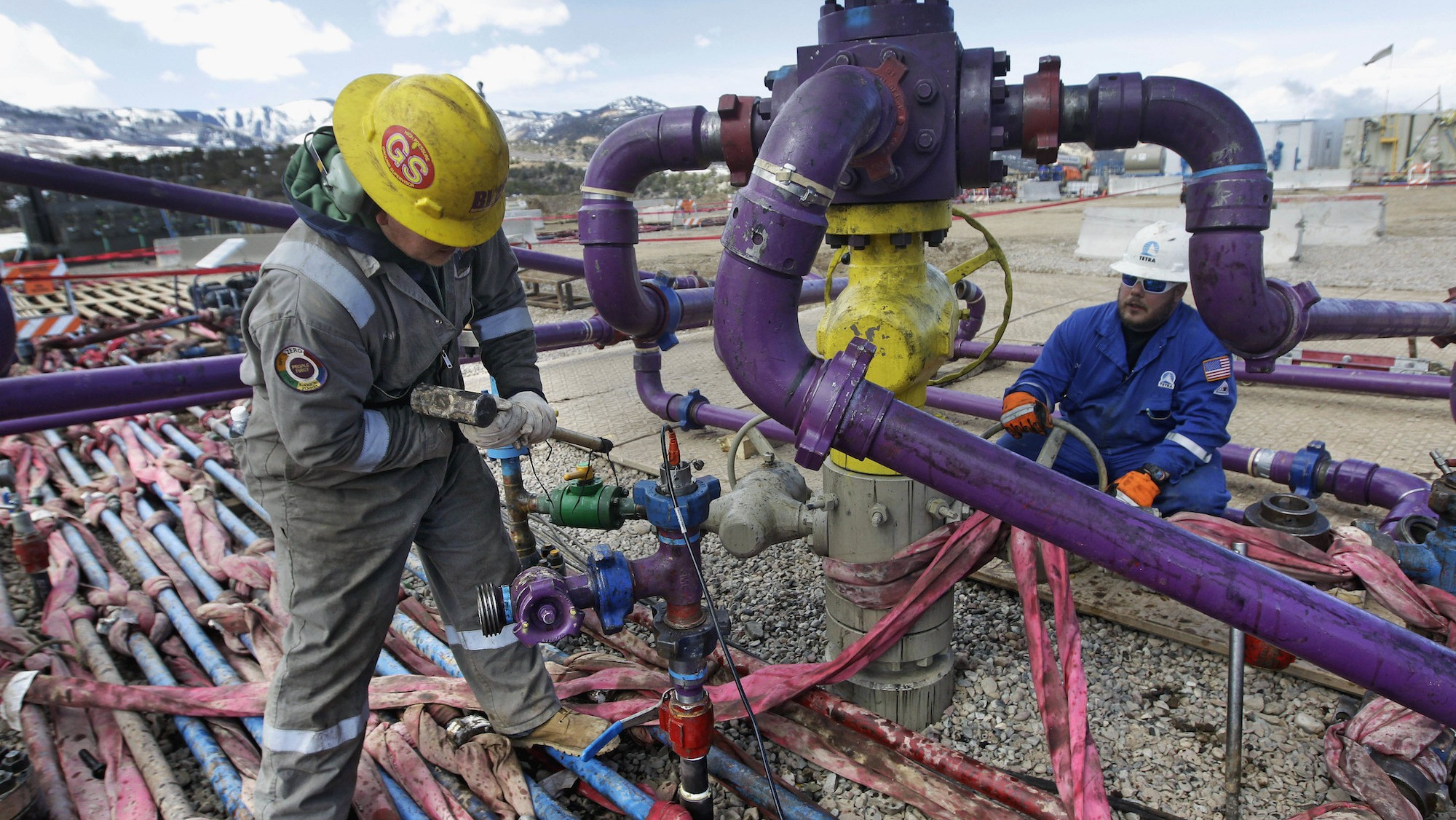 Lower oil prices aren't helping some American workers
