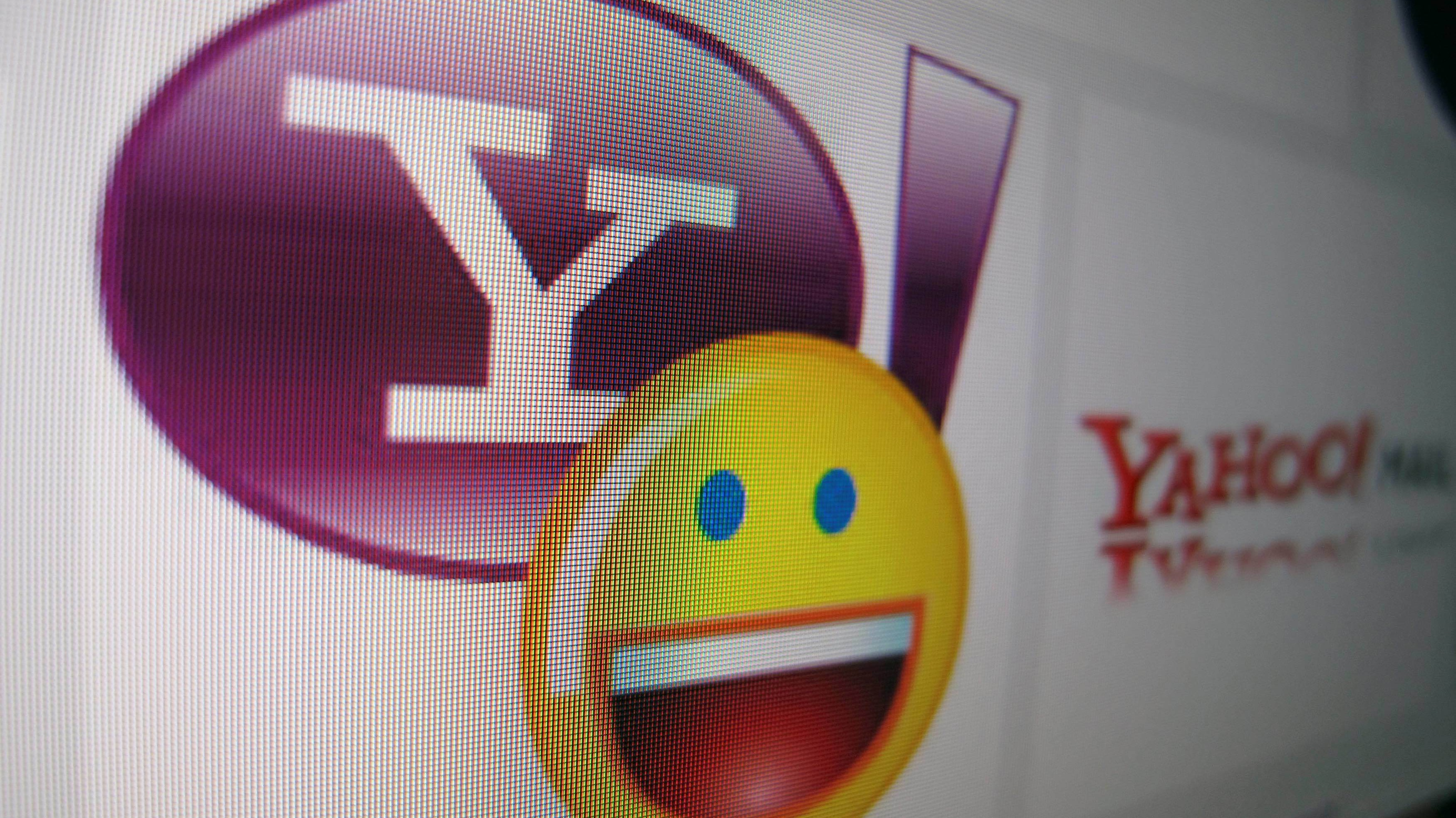 Yahoo hasn't told 200 million users their accounts were hacked