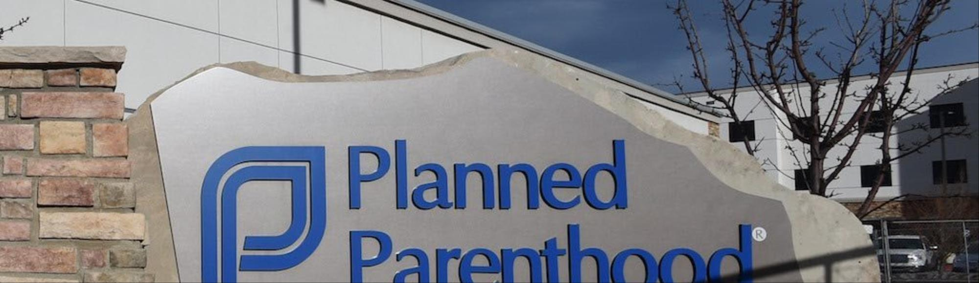 "Planned Parenthood receives ""outpouring of support"" after Trump's election"