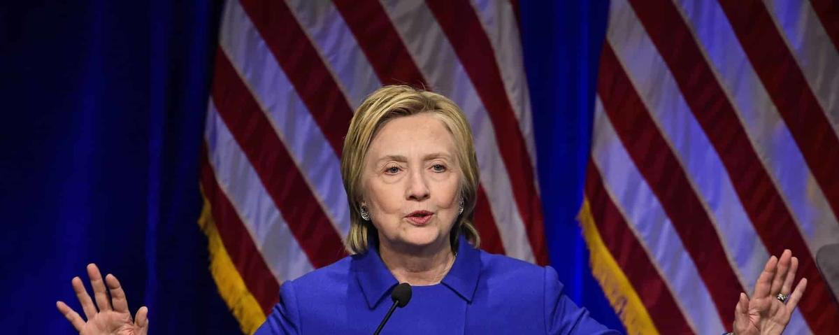 Experts urge Hillary Clinton to seek recount in swing states over electronic voting