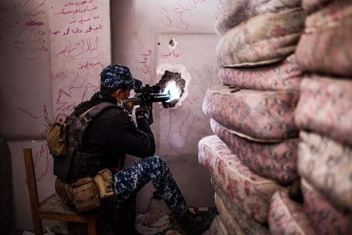 En imágenes: los francotiradores de Mosul que pelean contra el Estado Islámico