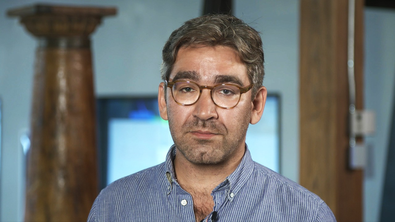 "On The Line: Simon Ostrovsky Discusses ""The Smartest Guy in the Sea"""